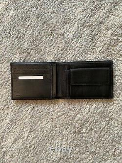 Gucci Bifold Wallet With Card of Authenticity (Brand New, Black)